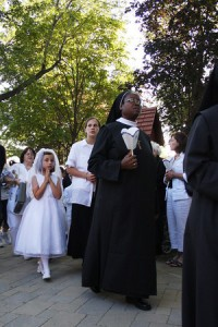 http://te-deum.blogspot.com/2008/08/assumption-2008-evening-mass-at-outdoor.html